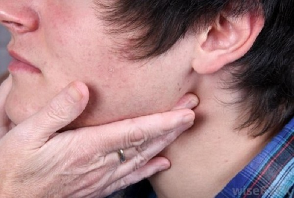 Cần chú ý phát hiện bệnh ngay từ giai đoạn đầu để có những phương pháp điều trị thích hợp.