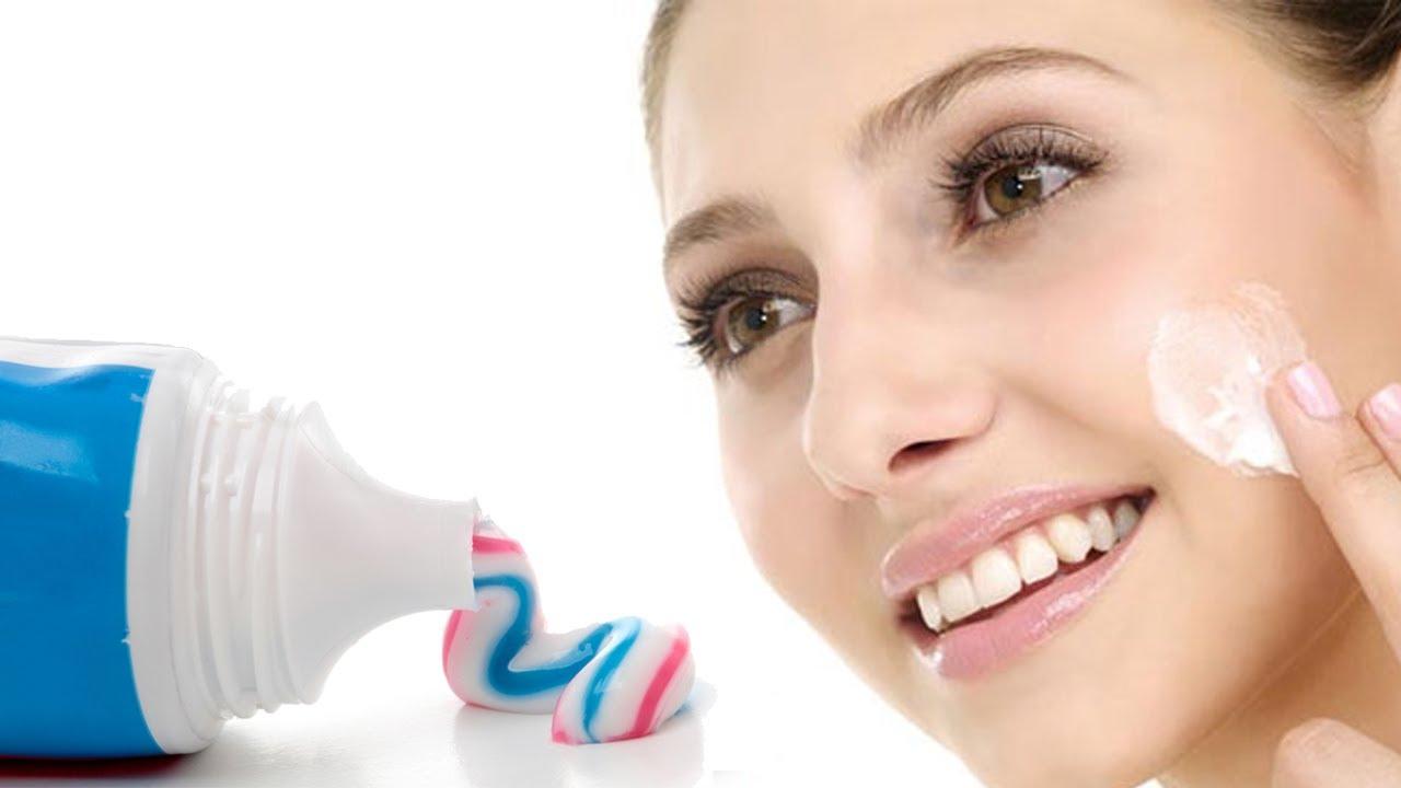 Nên sử dụng kem đánh răng không chứa hạt li ti